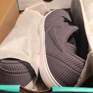 Nike sb check gunsmoke sneakers new